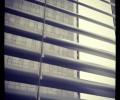 Žaluzije na oknu